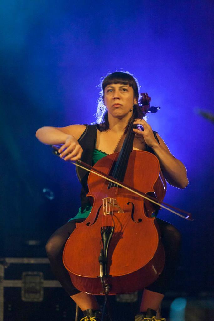 Dealan cello